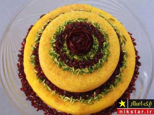 عکس تزیین برنج با زعفران و زرشک
