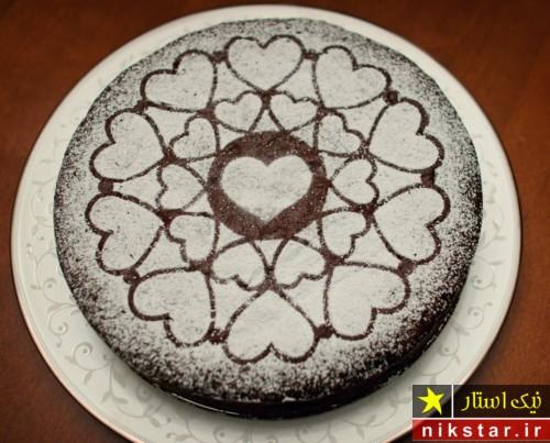 عکس تزیین کیک تولد عاشقانه به شکل قلب