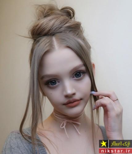 دختر زیبا به شکل عروسک