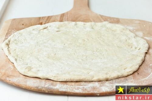 طرز تهیه خمیر پیتزا سبزیجات