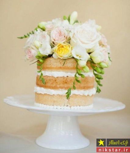 تزیین کیک با گل رز طبیعی