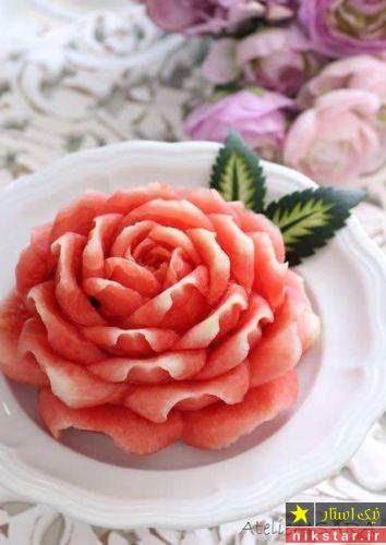 تزیین هندوانه شب یلدا مدل گل رز