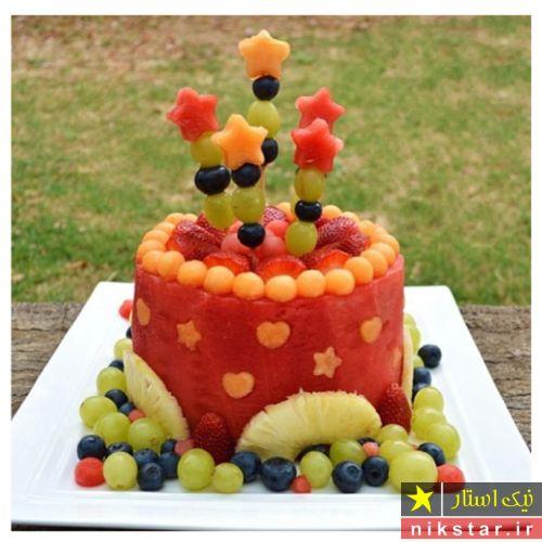 تزیین هندوانه شب یلدا به شکل کیک تولد