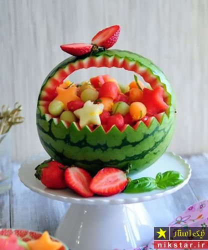 تزیین هندوانه شب یلدا مدل سبد میوه
