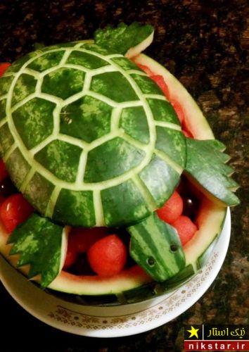 تزیین هندوانه شب یلدا به شکل لاک پشت