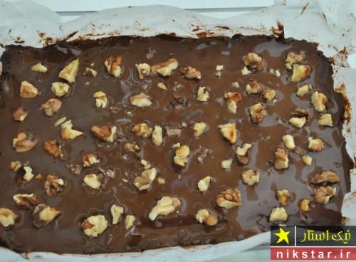 طرز تهیه شیرینی شکلاتی ساده بدون فر