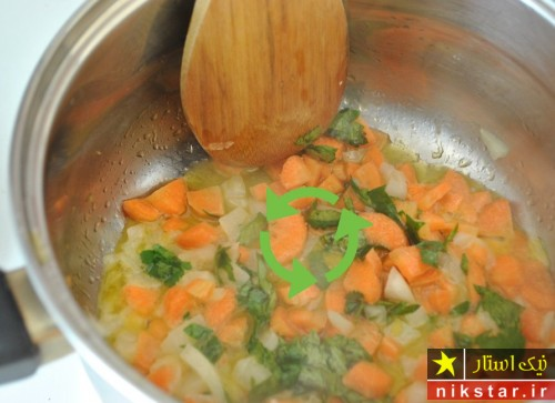 طرز تهیه سوپ مرغ کرمی