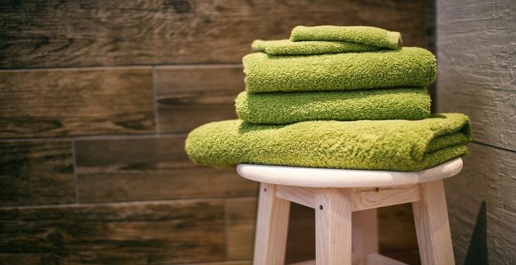 حمام کردن و تعویض به موقع لباس زیر