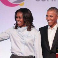 تصاویری از رقص باراک اوباما در یک برنامه زنده با همسرش
