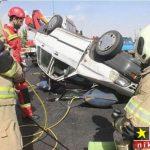گزارش تصویری از واژگونی خودروی پراید در بزرگراهی واقع در تهران