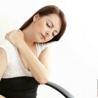 علائم فتق گردن و نحوه درمان گردن درد های مزمن بعد از کار زیاد