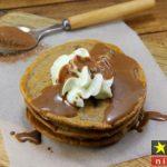 طرز تهیه پنکیک شکلاتی خوشمزه و پفکی مرحله به مرحله + نکات پخت